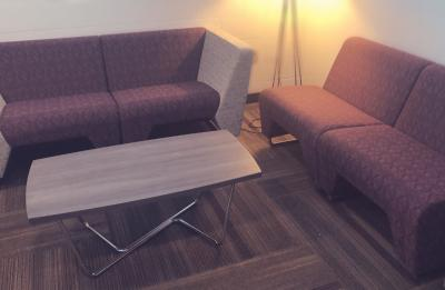 Qube lounge couch